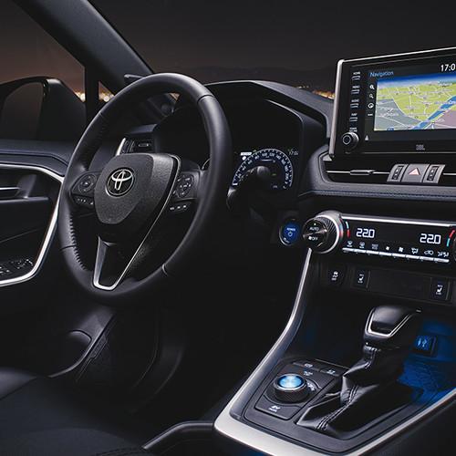 Toyota RAV4 2019, Cockpit / Armaturen, seitlich