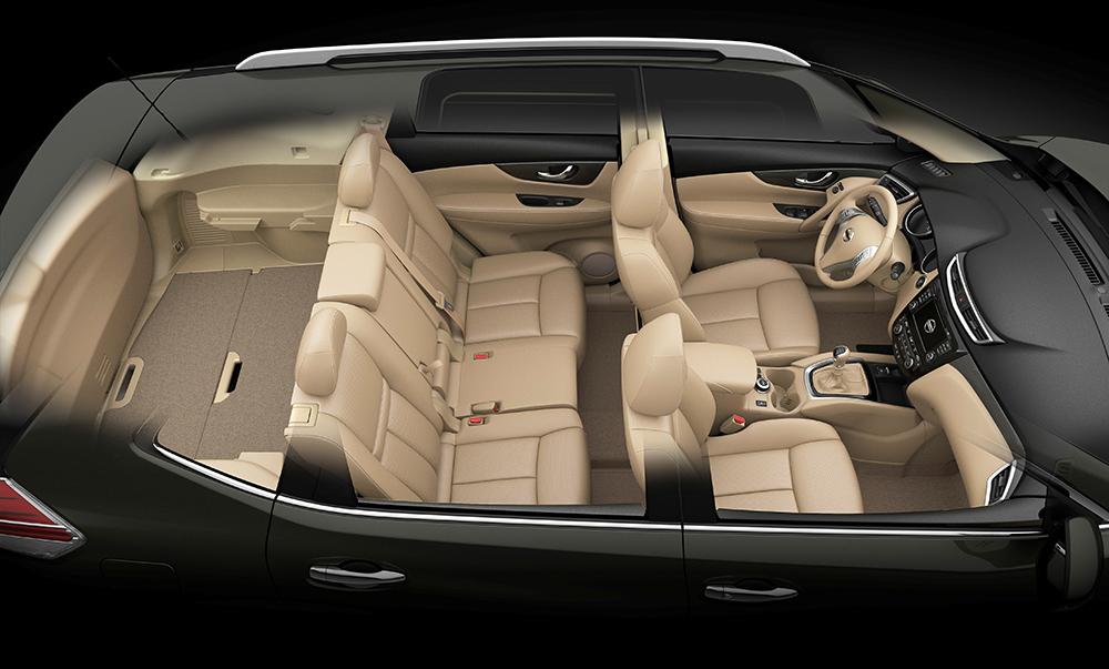 Bilck in den Innenraum: Der Nissan X-Trail ohne dritte Sitzreihe...