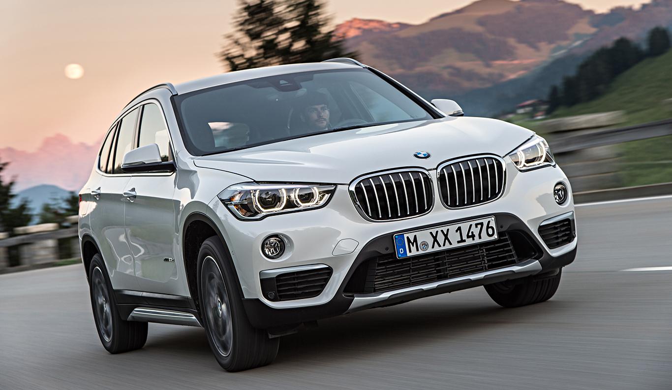 """So sieht er aus: Unser Driven!-BMW X1 """"Advantage"""" in """"Mineralweiß Metallic""""."""