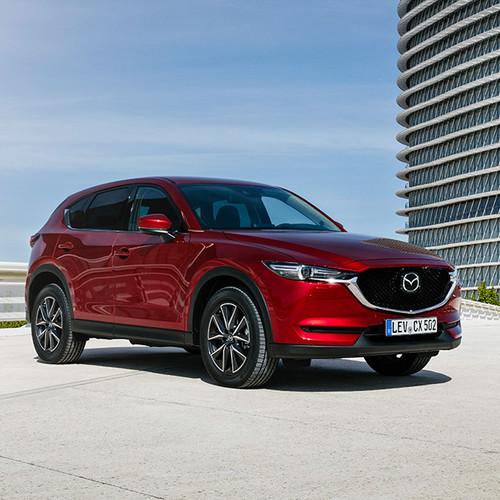Mazda CX-5, Halbseitenansicht, rot