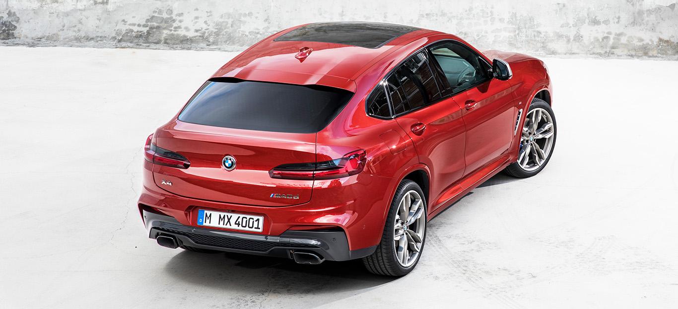 BMW X4 2018, rot, Heckansicht von oben, stehend, rot