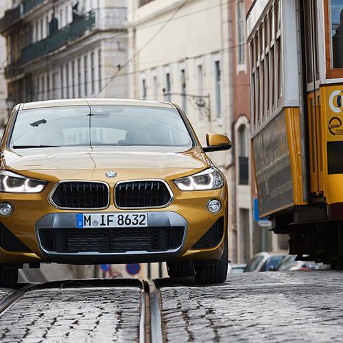 BMW X2, Frontansicht, gold