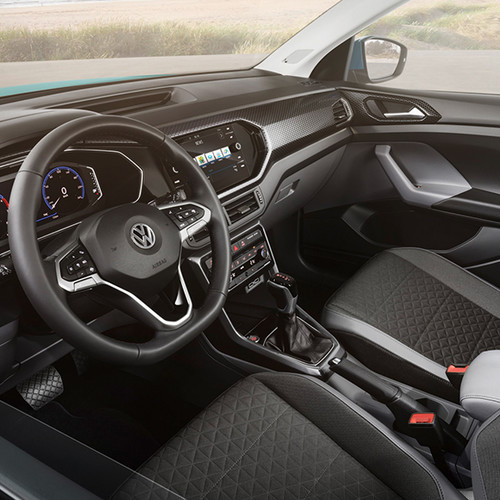 VW T-Cross, Halbseitenansicht Innenraum/Cockpit