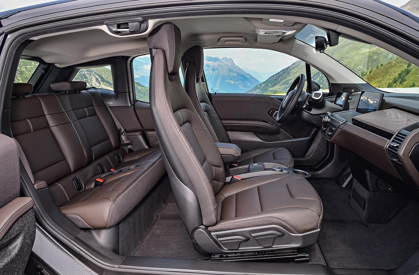 """Das Interieurdesign """"Suite"""" ist mit Abstand die nobelste und darum auch die teuerste Innenausstattung des BMW i3."""