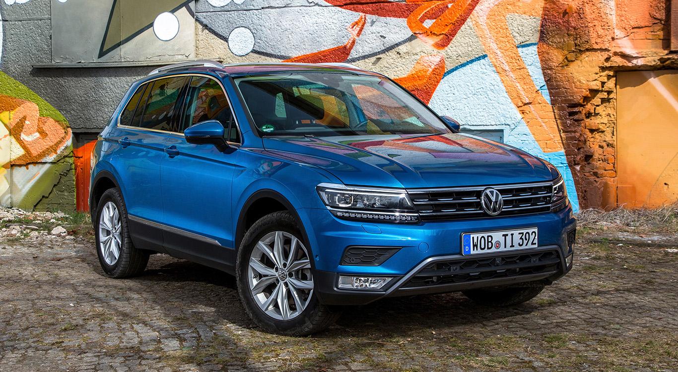 """""""Atlantik Blue Metallic"""": Mit unserer Lackfarbwahl für den Tiguan geben wir dem SUV einen angenehm frischen Anstrich."""