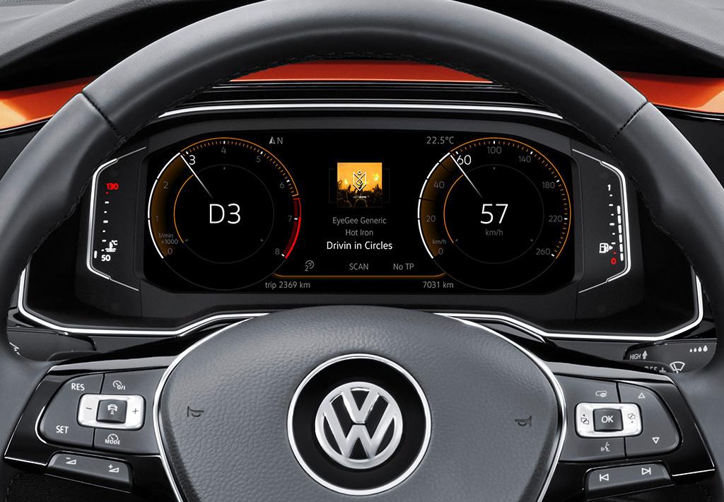 """Das """"Active Info Display"""" ist nicht ohne das Radio """"Composition Media"""" zu haben. Macht wiederum 440 Euro Mehrkosten! Eine typische Konfigurator-Falle?"""