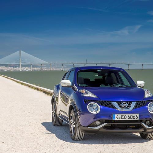 Vorderansicht des Nissan Juke, blue metallic
