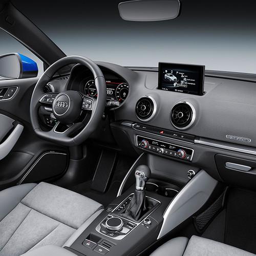 Audi A3 Limousine, halbseitliche Innenansicht, Cockpit