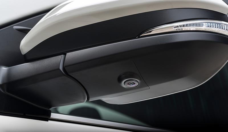 Toyota RAV4, Nahaufnahme Seitenspiegelsensor