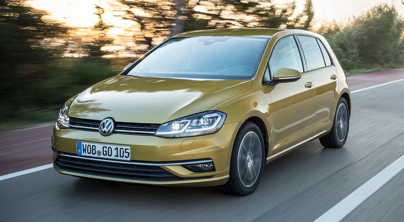 Überarbeitet: Der VW Golf 7 nach dem Facelift 2017. Man erkennt die design-technischen Abänderungen beispielsweise an der unteren Frontpartie recht deutlich.