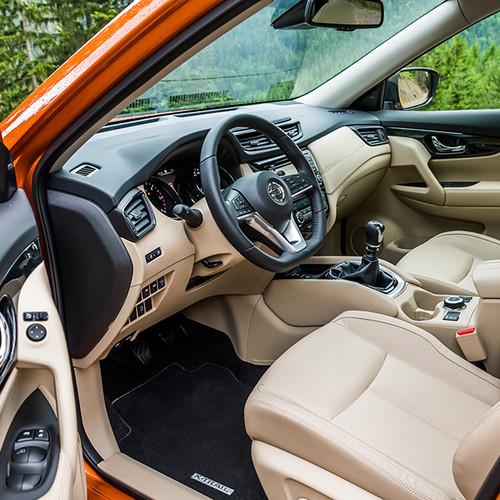 Nissan X-Trail, T32, Cockpit