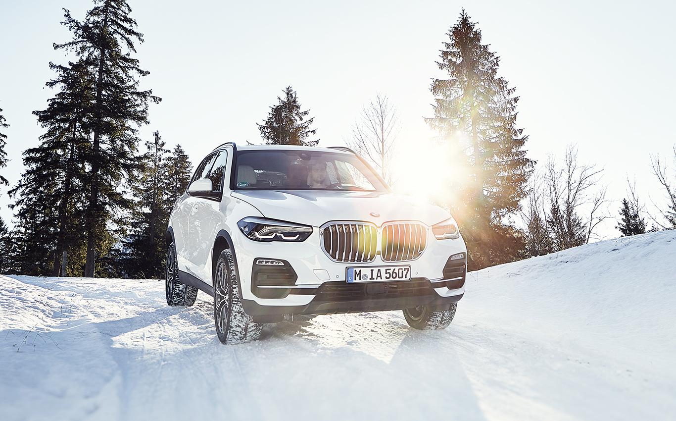 Die Motorenpalette des BMW X5 soll noch 2019 auch um das Hybridmodell xDrive45e erweitert werden.