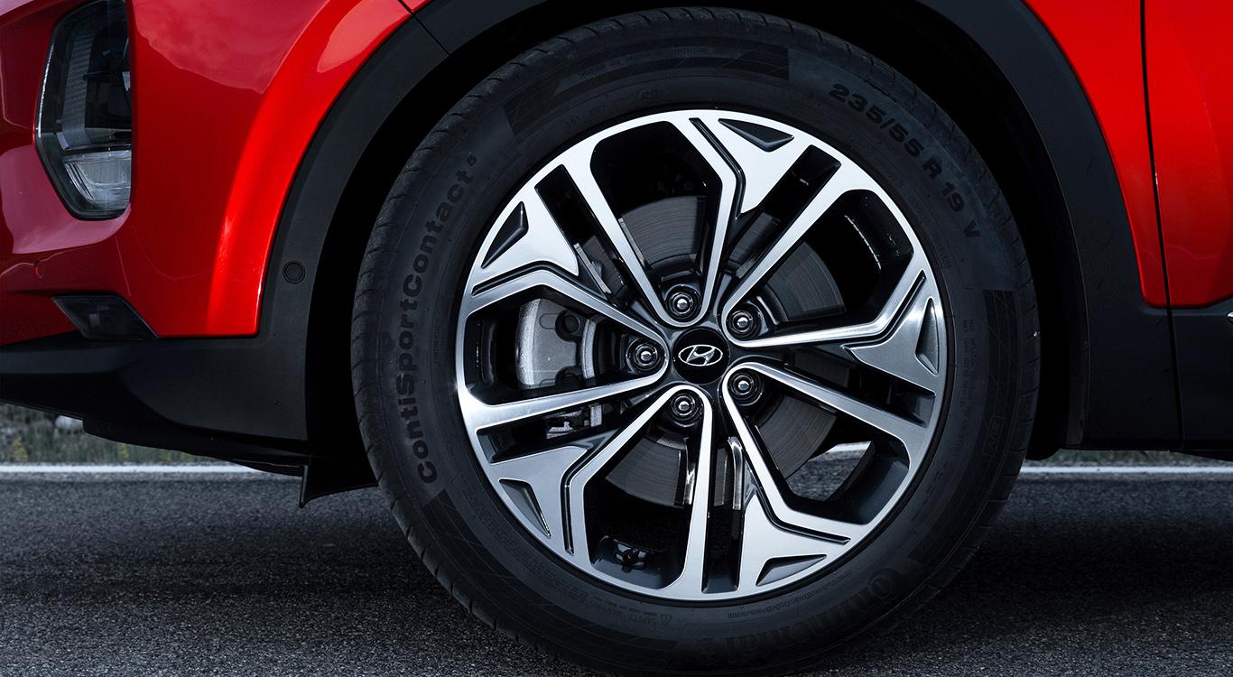 18 Zoll große Felgen? Wir entscheiden uns im Hyundai-Konfigurator für eine Nummer größer.