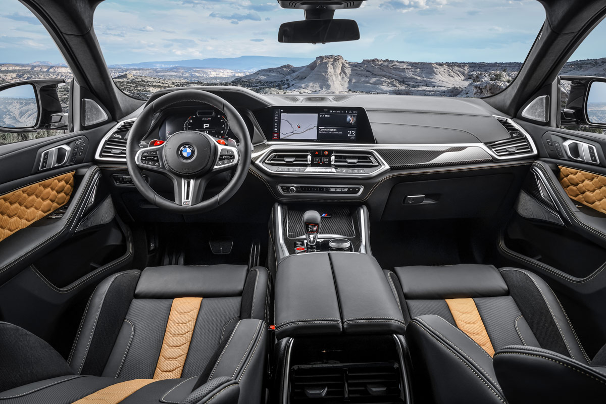 Auch innen ein Gigant: Der BMW X6 M Competition macht auf sportliche Dynamik in Reinform.