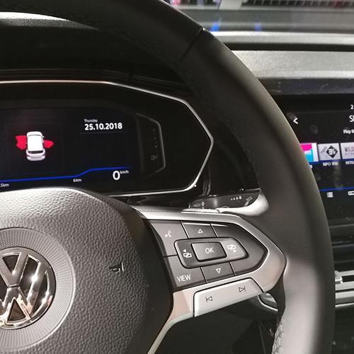 VW T-Cross, Innenansicht, Nahaufnahme Armaturen